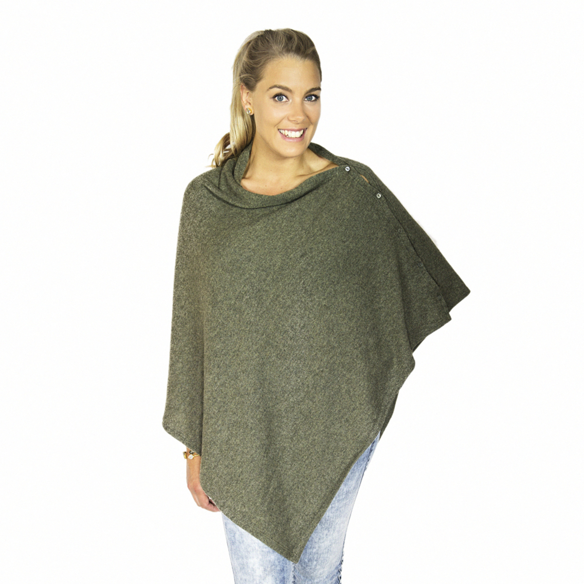 Lisa Yang Poncho med knappar Sarah Army Green 100% Cashmere - DAYSTYLE 43d7033d6bba9