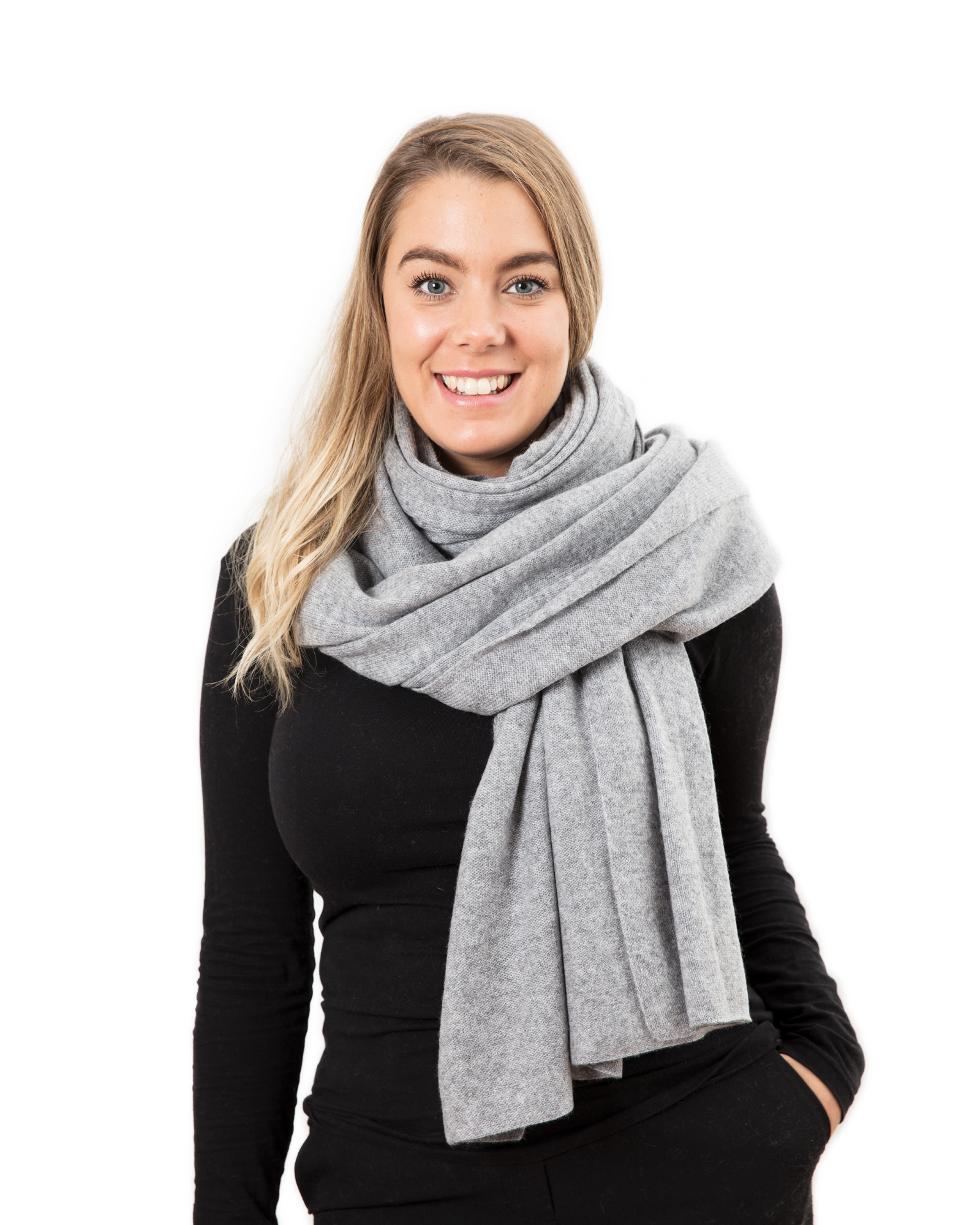 Lisa Yang Stor sjal Grey 100% Cashmere - DAYSTYLE d1b570e6c0c4c